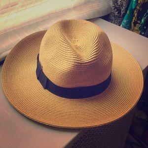 Accessories - Sun'n'Sand hat